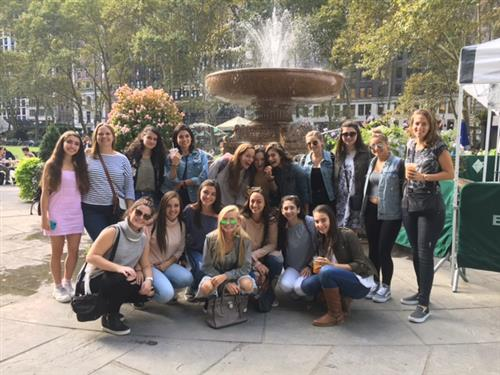 "SHS Fashion Students Visit NYC's Garment District to Prepare for ""FRAMED"" Exhibition"