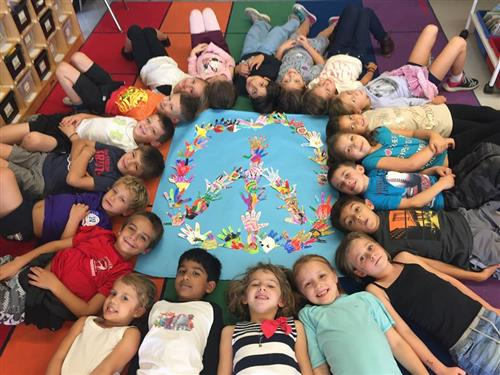 Primrose Students Create Mural in Recognition of Red Ribbon Week