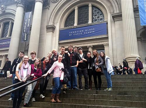 Students in front of the Met